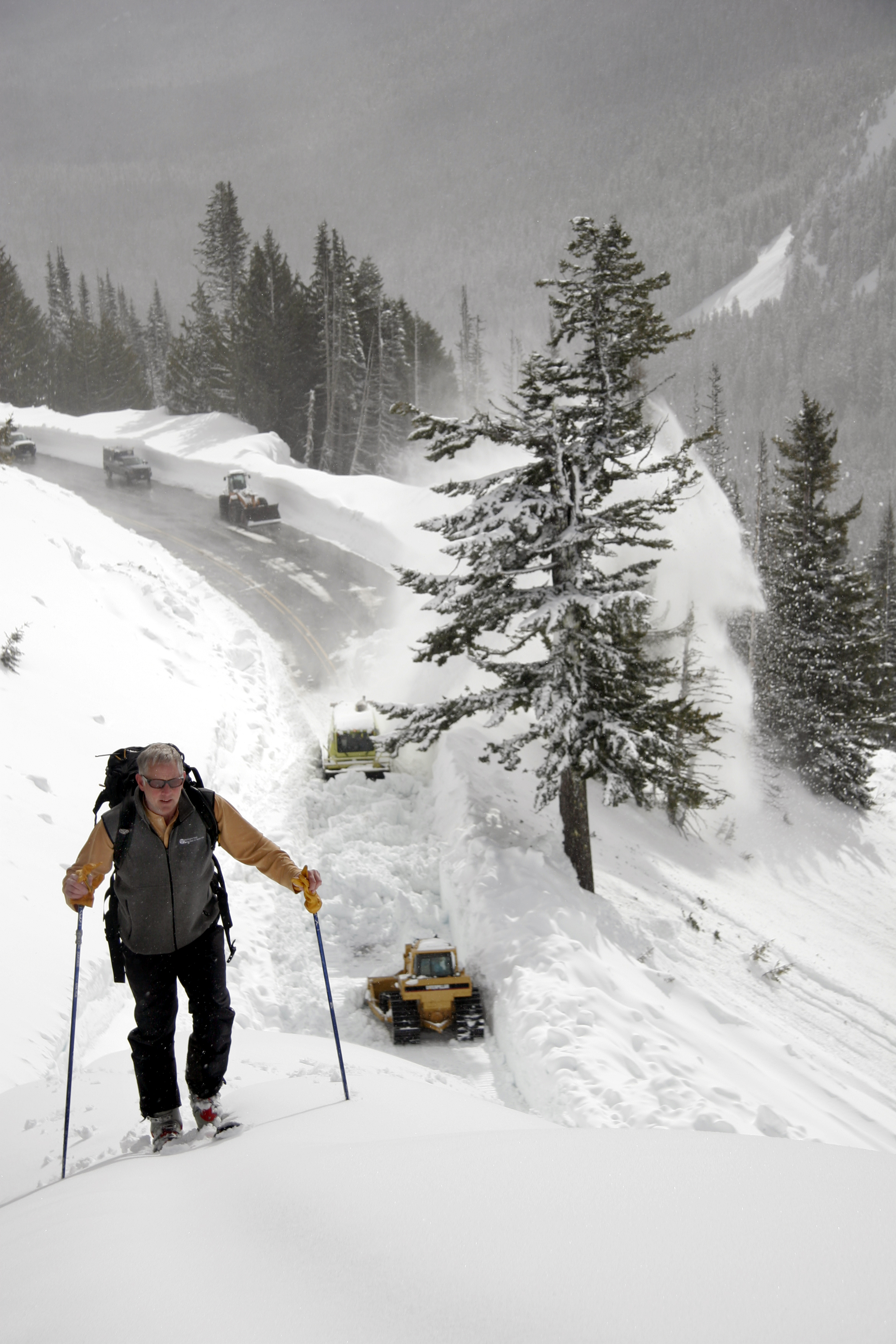 Know before you go: Skiing and Riding near highways